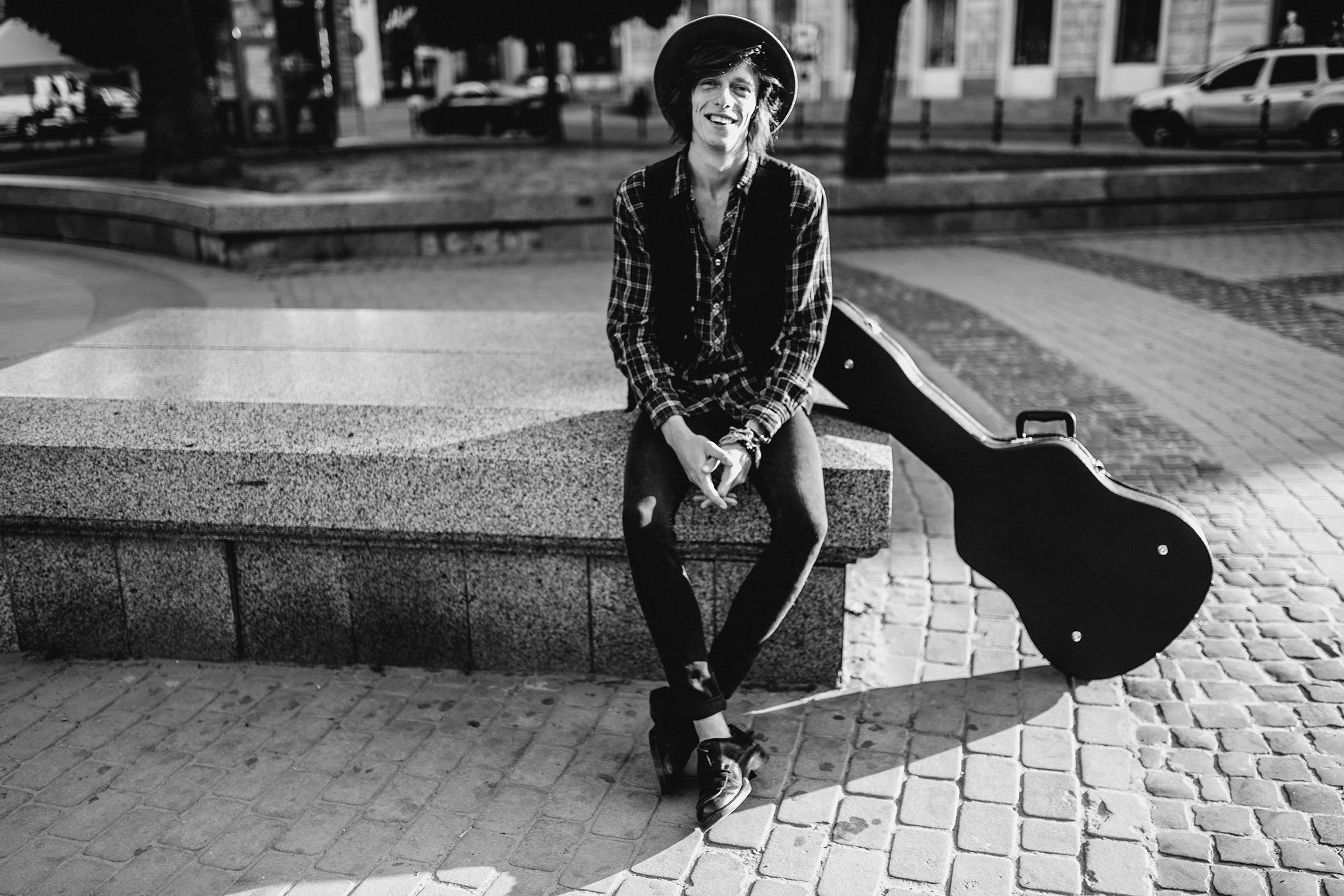 Эдгар Винницкий: поколение открытых людей. Я играю на улице.